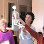 WELCOME---photograph-of-Ellie-Ribeaux,-head-of-training-at-Centre-for-the-Alexander-Technique,-teaching-anatomy